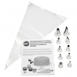 Beginning Buttercream Decorating Set 20 pce